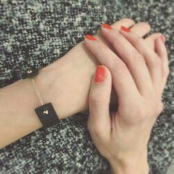 INTRA PURE Eines unserer beliebtesten Produkte: Das Armband Intra Pure aus rein pflanzlich gegerbtem, belgischem Rindsleder, erhältlich in 3 Größen und mit 3 Verschlussfarben (Silber/Gold/Roségold)! —— More pics: #intrapureblackgold More bracelets: #intrabracelet —— SHOP online: www.sharokina.com  S...