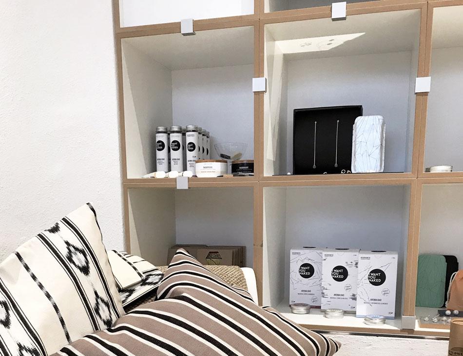 Concept Store akjumii München