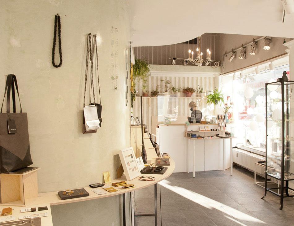 Design Pop Up Ackerstr. Düsseldorf, SHAROKINA Pop Up Store, Ledertaschen und Accessoires