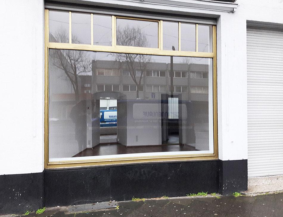 Leerstehendes Ladenlokal vor Design Pop Up Eröffnung Düsseldorf