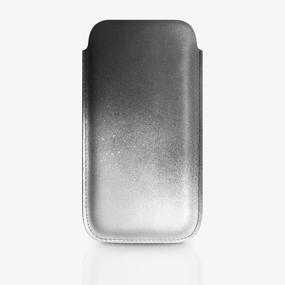 Handyhülle aus Leder in Schwarz und Silber mit Farbverlauf. SHAROKINA Cava Fade