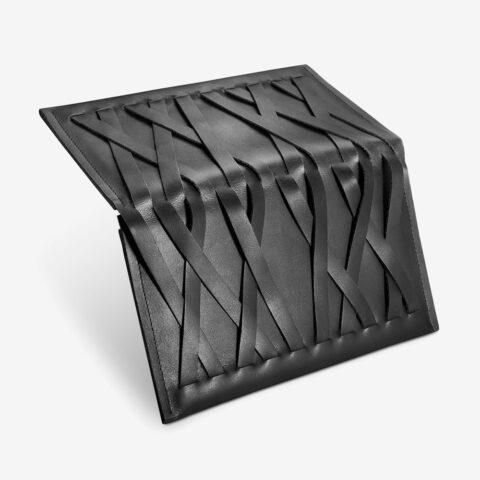 Großes, Portemonnaie aus Leder in Schwarz für Damen. Geldbörse mit zweifarbigem Metall-Reißverschluss. SHAROKINA Conda Mesh