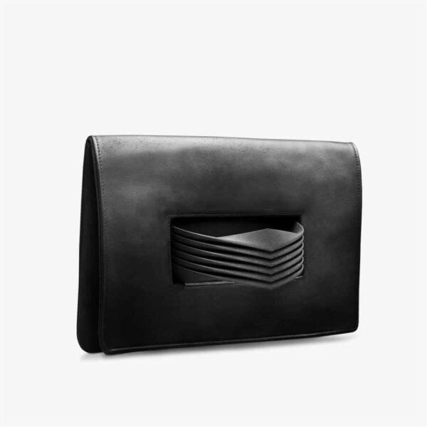 Schwarze Clutch aus Leder mit 3D-gedrucktem Armreif aus Polyamid. SHAROKINA Hybrid Convertible Bag